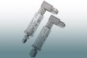 Pressure transmitter, digital output signal